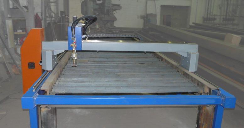 Портальная машина газовой резки металла